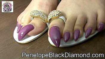 Penelope Black Diamond - Footjob sperm on my toes claws Preview