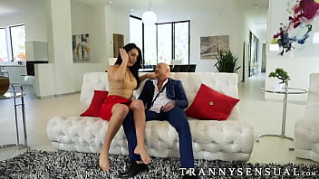 Trans guy Buck Angel gets drilled by shemale Chanel Santini