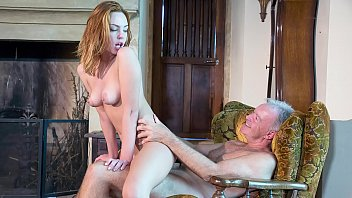 Old Man Fucks H ardcore A Teen Redhead Licks H Redhead Licks Her Pussy And She Takes Facial