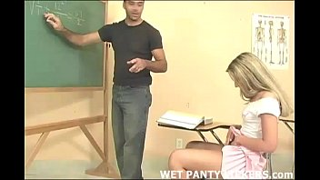 Schoolgirls panties get all wet in class