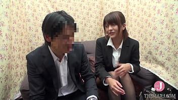 ญี่ปุ่นเงี่ยนเสียวหีคาชุดทำงานที่ออฟฟิศโคตรได้อารมณ์เลยขอบอก