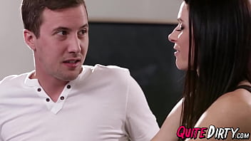 Super hot mom India Summer makes stepson come hard