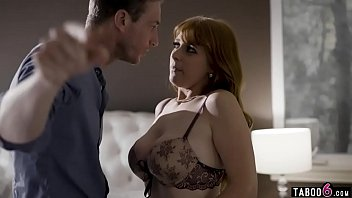 Cheating housewife Penny Pax gets caught inbetween pornhub video