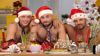 Happy Holidays: Fuck and Be Merry - Thomas Friedl, Kane Mra'z, Jeffrey