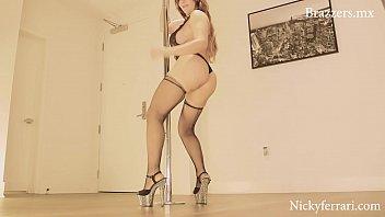 Suede bottom dance shoes Nicky ferrari pide berga por todos lados