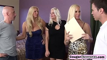 cougargroupsex-21-2-217-platinum-blond-trio-of-cougars-have-full-on-orgy-hd-3