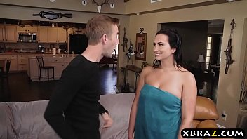My neighbor has a huge cock 18 years old sidney alexis fucks her neighbors huge cock