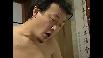 【激ヤバ★素人ナンパ動画】「ああん、こんなの初めて!」豊満巨乳お姉さんが過激な性行為を連発しちゃった!