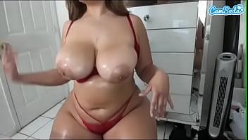 Sexy bbw Latina busty babe masturbating