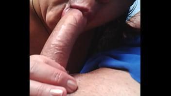 Venezolana Madura de Maracay me lo chupa en el Carro - Mature Suck my Cock