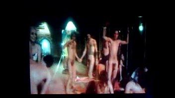 Peça-Todos nus