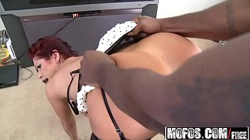 Mofos - Milfs Like It Black - (Tiffany Mynx) - Door to Door Dick