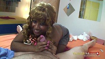 Teeny will ficken und viel Sperma in der Schulpause - Jaya22 TR04
