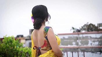 Hot Bhabhi In Saree Showing Stuff   Episode 2