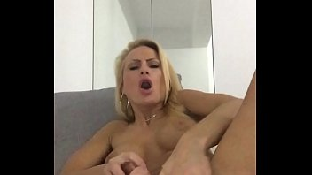 cuming in site.MOV thumbnail