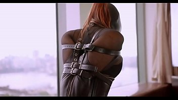 crazyamateurgirls.com - Leather, Nylon & Beauty - crazyamateurgirls.com