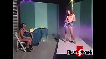 BRUCE SEVEN - Strippers Lia and Alex Seduce Each Other thumbnail