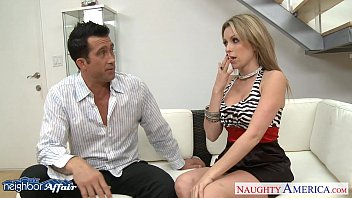 Free high heel sex movies Chesty neighbor courtney cummz fucking