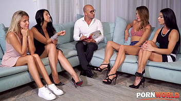 Classic Carpetmunching Cuntfest With Four Sultry Sluts