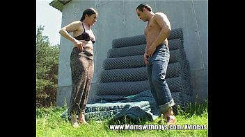 Sex matures in farms Silly farmer got lucky fucking a mature outdoor
