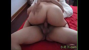 小黄书.com 精品成人小说 嫂子第一次3P,太淫荡了。