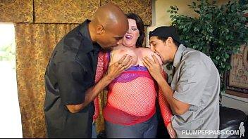 Plump Pornstar Lisa Sparks Returns From Retirement