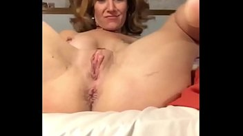 Mommy Strips And Squirts!! Free Live at xxhotcam.com