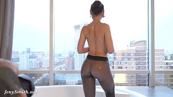 Pantyhose tease no nude Jeny smith in wet pantyhose on her naked body in the bathroom