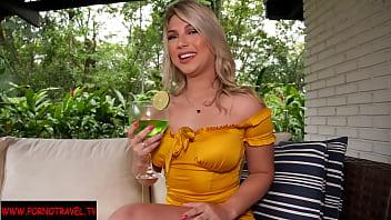 Melody Antunez sexy blonde latina