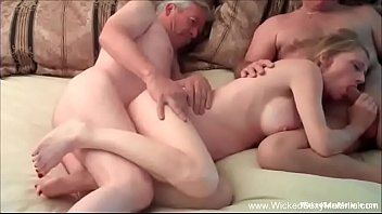 Hotwife GILF Has Intense Threesome