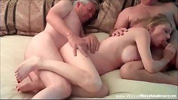Threesome seduction - Hotwife gilf has intense threesome