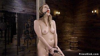Natural blonde in bondage machine banged