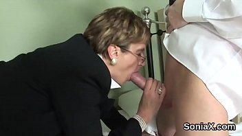 Unfaithful uk mature lady sonia showcases her huge tits