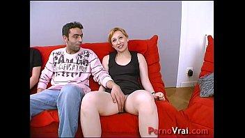 Elle baise avec un etranger devant sonmari !!! French amateur