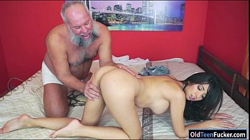 Salma frida boobs - Mexican frida sante enjoys to suck and ride on an old cock