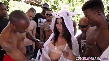 Babe gobbles in blowbang