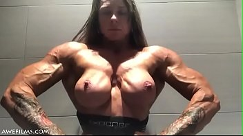 Free clips female muscle xxx Big muscles girl 78