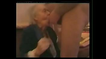 Grannies who suck cock
