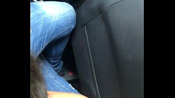 Turkish girlfriend suck in car