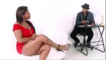 Hipnologo picareta com casadinha safada porn thumbnail
