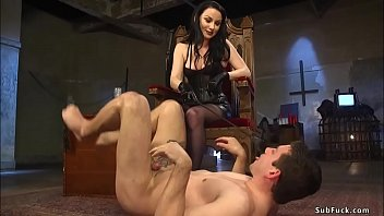 Brunette domme pegging man in doggy