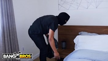 BANGBROS - Thief Invades Keisha Grey'_s Home and Gets Put To Work