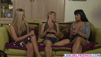Lovin lesbians Mercedes Carrera and Allie Eve Knox