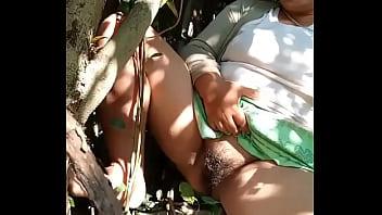 หนังxไทยแม่บ้านสาวสายอวบผัวไม่เย็ดเลยแอบมานั่งโชว์เสียวหีใหญ่สุดๆ