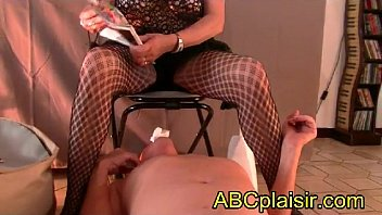 Golden shower femdom movie whips - Chaise percée uro golden shower abcplaisir