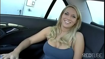 Sexy Milf Dicked in back of Car