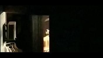 Caught neighbor naked - Vizinha gostosa flagrada pelada// neighbor caught naked