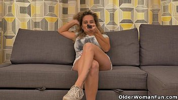 Tv milf Busty milf ameli gets bored watching tv and rubs her clit