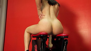 Amateur love monkey - Teen rides the shock rocker