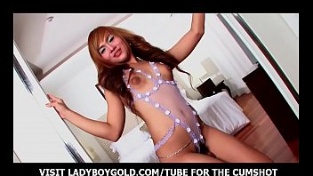 Young sex ladyboy Skinny ladyboy torturing her ass